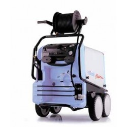 7,5 kW 195 bar 895L/h...
